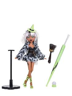 bratzillaz-magic-night-out-doll-sashabella-paws