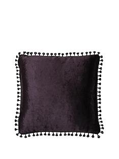 laurence-llewelyn-bowen-curtain-call-filled-cushion