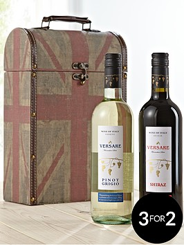wines-in-retro-carrier