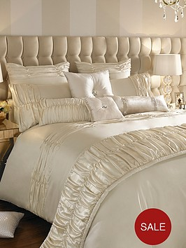 kylie-minogue-karissa-duvet-cover