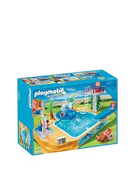 playmobil-childrens-pool-with-whale-fountain