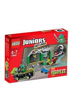 lego-juniors-turtles-lair