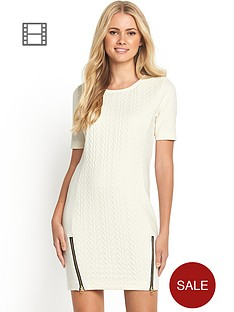 3d-effect-embossed-tunic