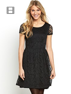 south-stretch-lace-day-dress