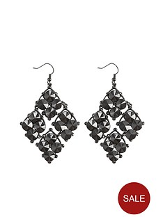 black-chandelier-drop-earrings