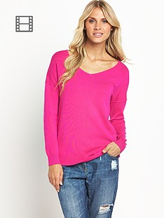 south-lightweight-vneck-exposed-seam-jum