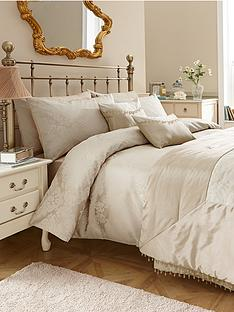 downton-bedding-range-gold