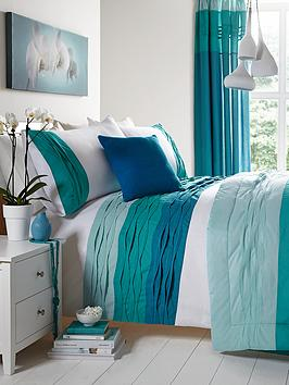 milan-bedding-range-blue