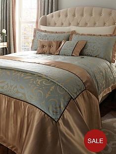laurence-llewelyn-bowen-borgia-duvet-cover-and-pillowcase-set