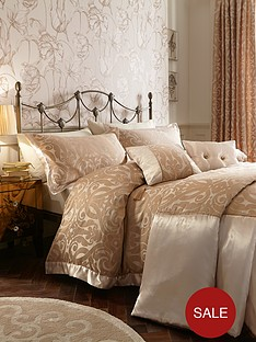 laurence-llewelyn-bowen-lushington-bedding-range-gold