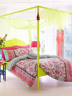 accessorize-fluoro-paisley-duvet-cover-and-pillowcase-set