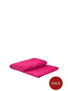 catherine-lansfield-bedspread