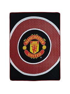 manchester-united-bullseye-fleece-blanket