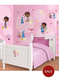 doc-mcstuffins-walltastic-disney-doc-mcstuffins-room-decor-kit