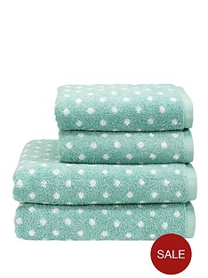 christy-georgia-spot-bath-sheet