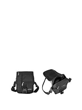 antler-travel-pouch