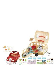 sylvanian-families-caravan-and-family-car