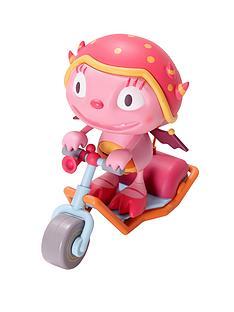 henry-hugglemonster-summerss-super-scooter
