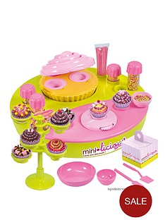 mini-licious-cup-cake-bake-off-work-station