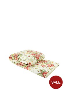 sanderson-options-alsace-throw-red