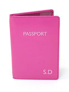 personalised-passport-holder