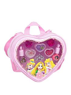 disney-princess-loving-heart-make-up-backpack