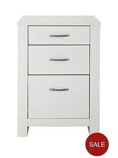 chester-3-drawer-graduated-bedside-cabinet