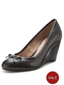 shoe-box-georgia-closed-toe-wedges
