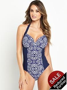 resort-shapewear-underwired-swimsuit
