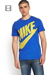 nike-oversized-futura-t-shirt