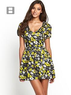 motel-leah-floral-dress