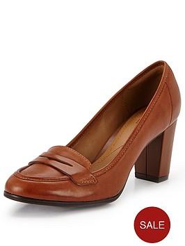 clarks-basil-crimson-court-shoes