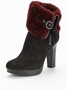 ugg-australia-scarlett-exposed-shearling-buckle-ankle-boots
