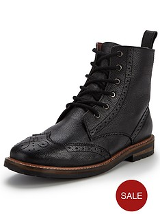 unsung-hero-triumph-brogue-boots