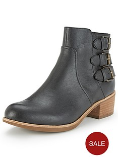 ugg-australia-volta-leather-ankle-boots