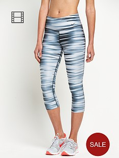 nike-swift-printed-capri-pants