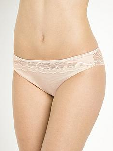 wonderbra-my-pretty-push-up-lace-brazilian-briefs