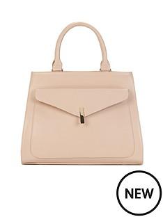 envelope-pocket-front-tote-bag