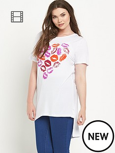 so-fabulous-lip-heart-print-stepped-hem-t-shirt