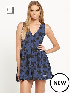 superdry-sculptured-fit-and-flare-dress