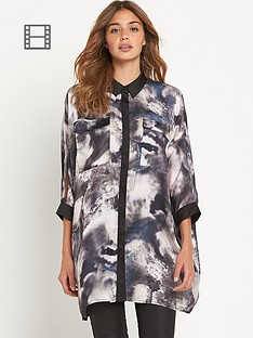 girls-on-film-blurred-floral-shirt