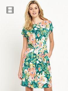 south-jersey-floral-tea-dress