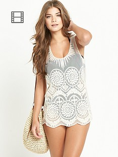 resort-embroidered-beach-vest