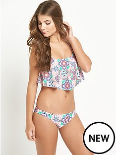 resort-frill-bikini-set