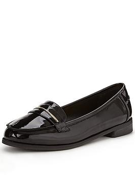 shoe-box-star-apron-detail-patent-loafer-wide-fit