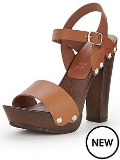 shoe-box-wooden-heeled-platforms-with-leather-straps