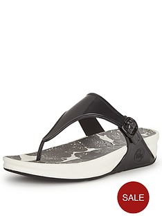fitflop-superjelly-black-printed-sandals