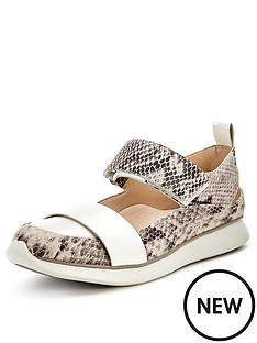 clarks-junelle-polly-snake-casual-shoes