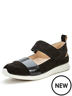 clarks-junelle-polly-black-casual-shoes
