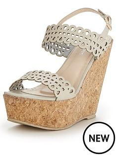 glamorous-platform-wedge-sandals